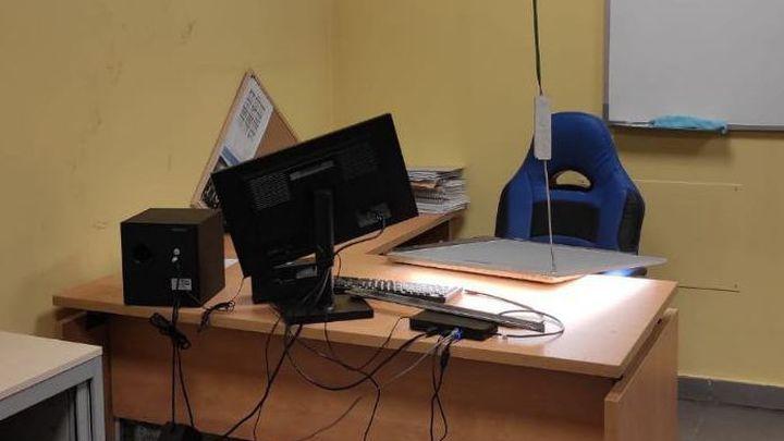 Un ladrón, atrapado dos días en el conducto de ventilación de unas oficinas de Carabanchel