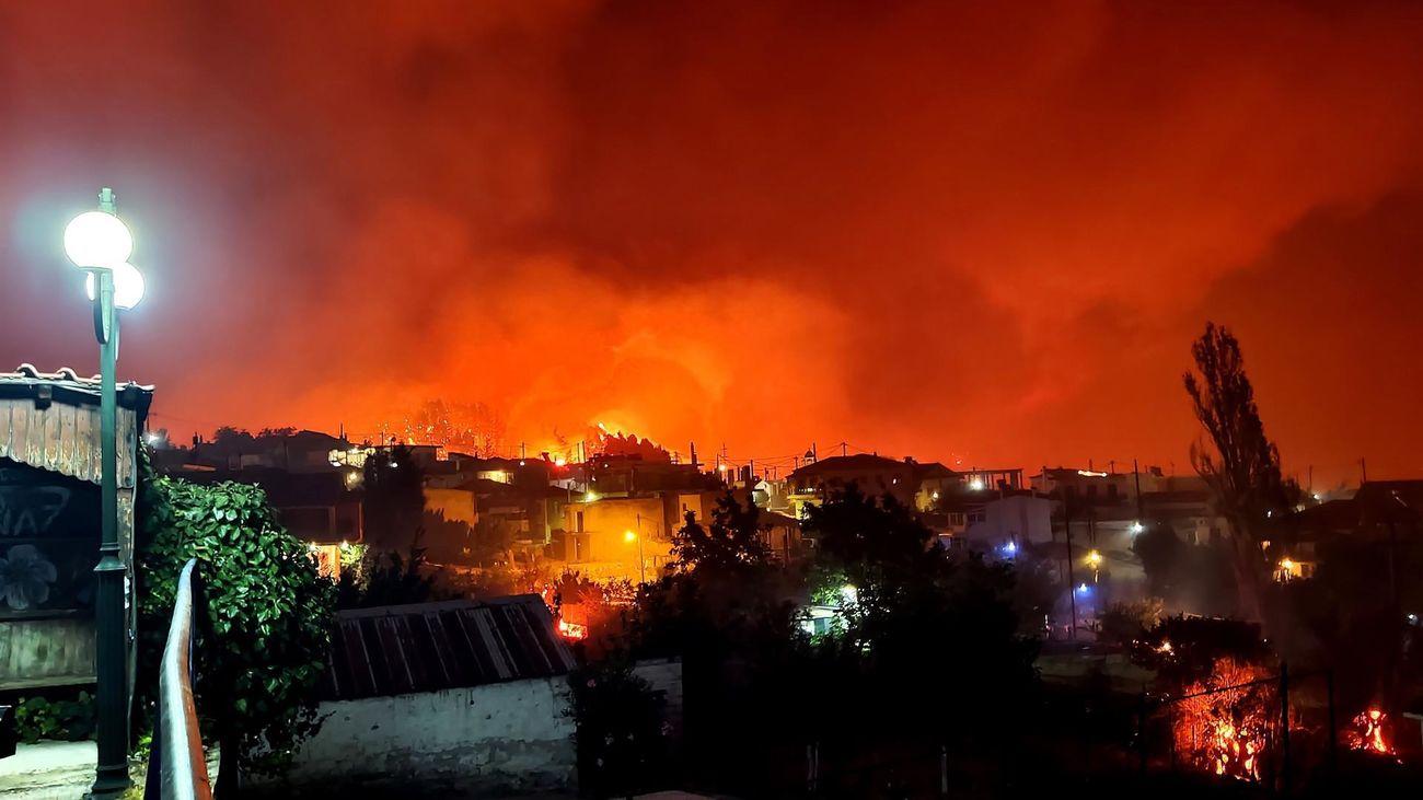 El Palacio de la antigua familia real griega se salva de las llamas