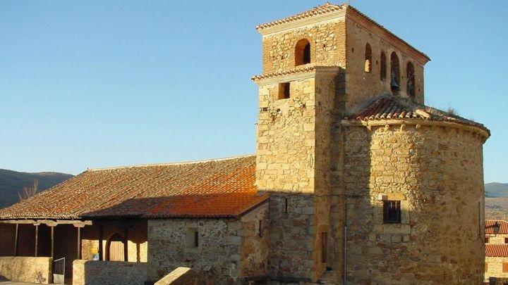 La iglesia parroquial de Santo Domingo de Silos en Prádena del Rincón, declarada Bien de Interés Cultural