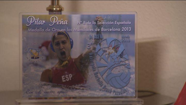 La familia de la alcorconera Pilar Peña celebra la plata en Waterpolo
