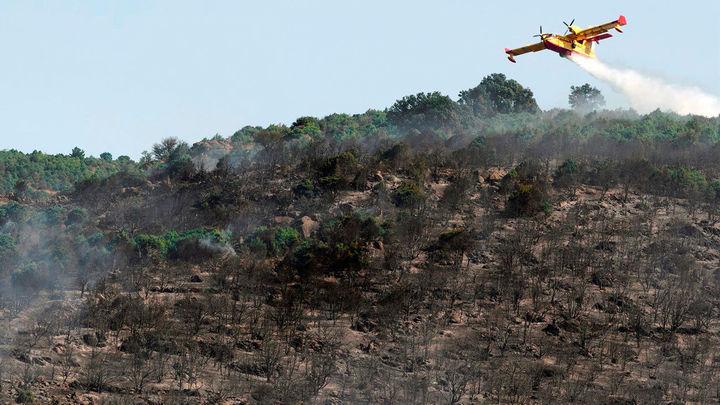 El incendio de El Tiemblo baja el nivel de peligrosidad y la UME se retira