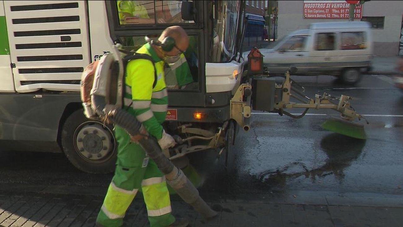 Los barrios del sur de la capital amenazan con llevar sus basuras a las juntas de distrito