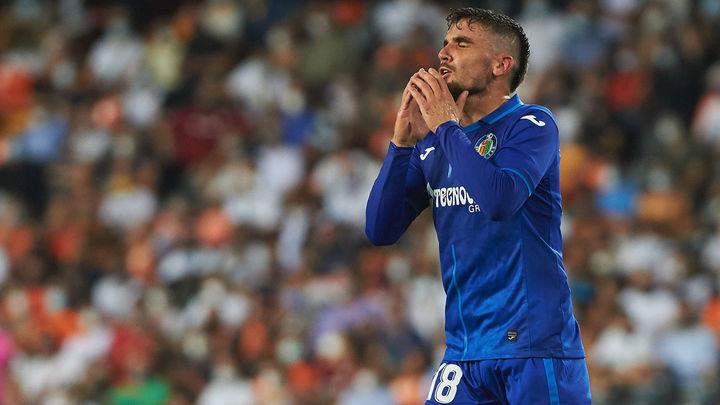 1-0. El Getafe tropieza en Mestalla en el primer partido de la Liga