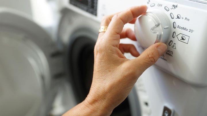 El 66% de los madrileños aseguran que han cambiado sus hábitos para intentar ahorrar luz