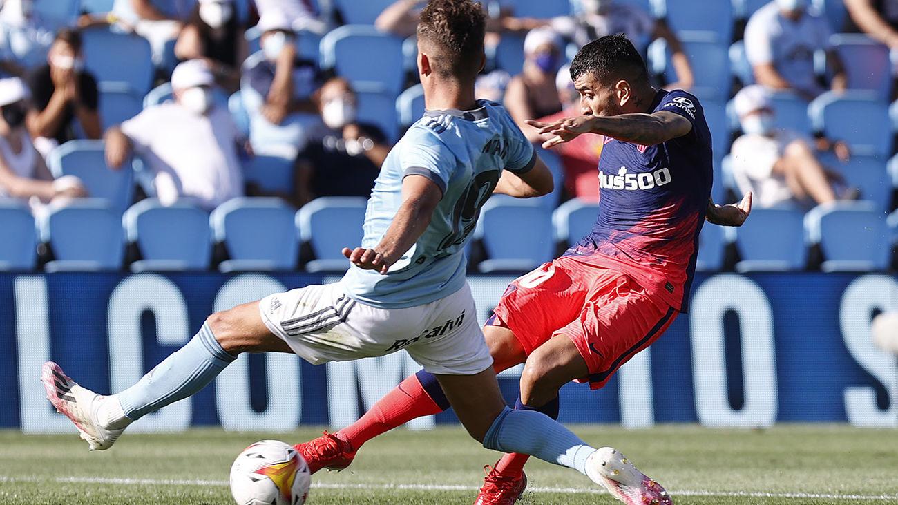 1-2. Correa decide el estreno victorioso de Atlético