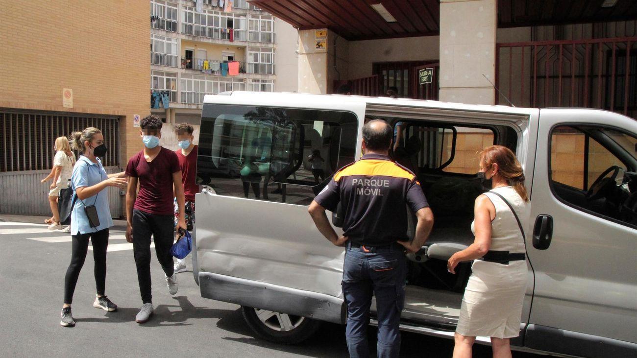 Un juzgado de Ceuta paraliza la repatriación de cinco menores más