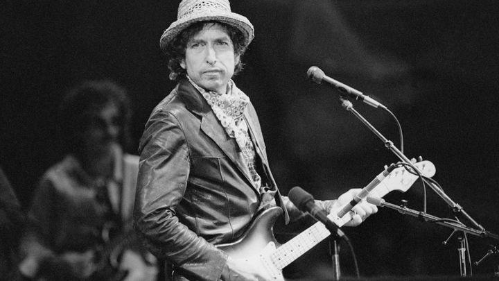 Bob Dylan acusado de abusar sexualmente de una niña de 12 años en 1965