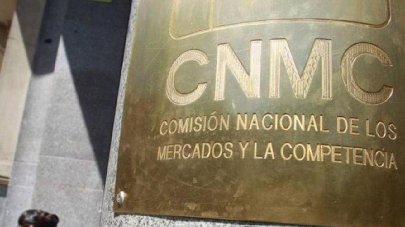 La CNMC lanza 14 becas de formación para titulados universitarios