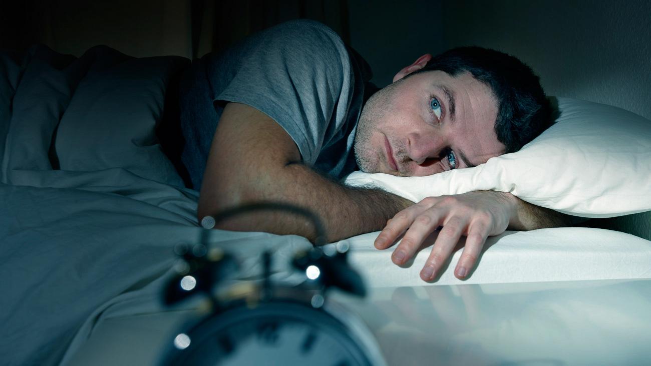 Si duermes mal, tal vez la culpa sea de la pandemia