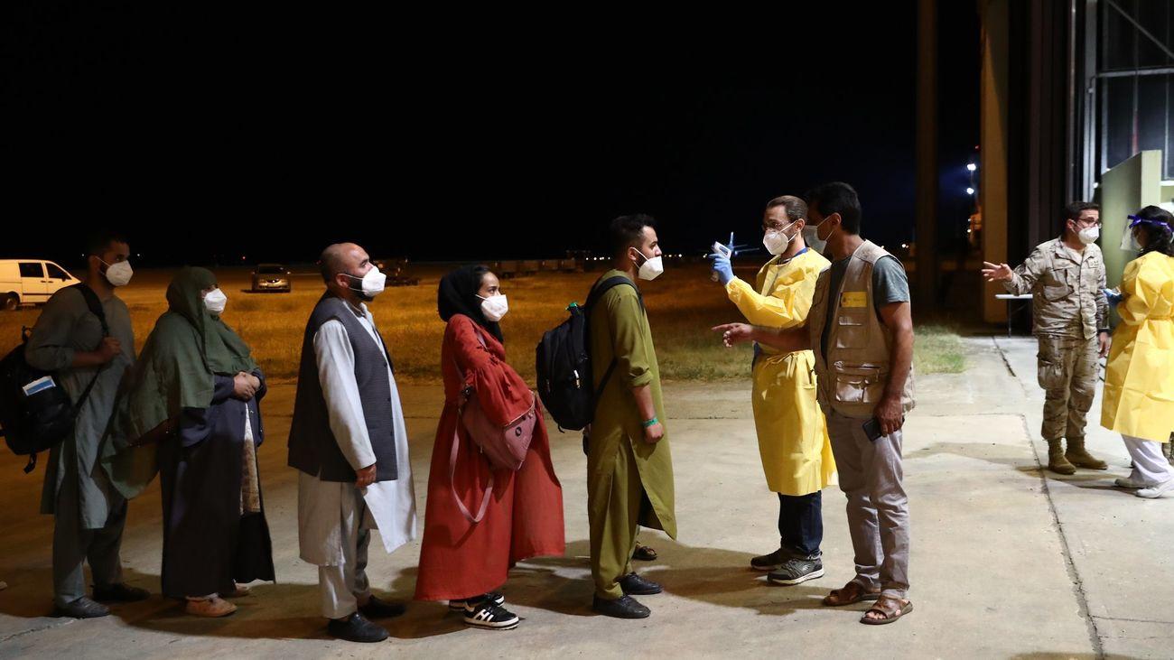 Una docena de los afganos evacuados por España solicitanquedarse en nuestro país