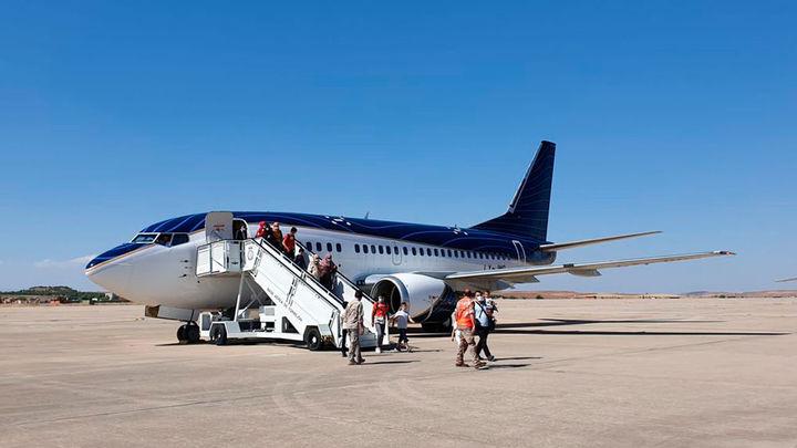 Aterriza en Madrid un avión procedente de París con 38 evacuados más de Afganistán