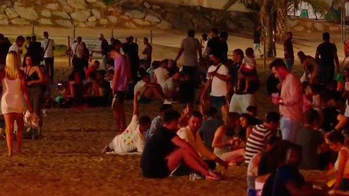 Más de 6.000 desalojados en Barcelona en la segunda noche sin toque de queda