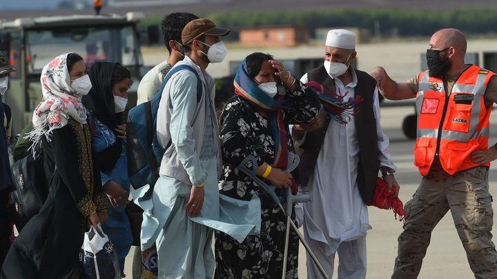 Tres aviones españoles traerán a cerca de 400 afganos más desde Kabul