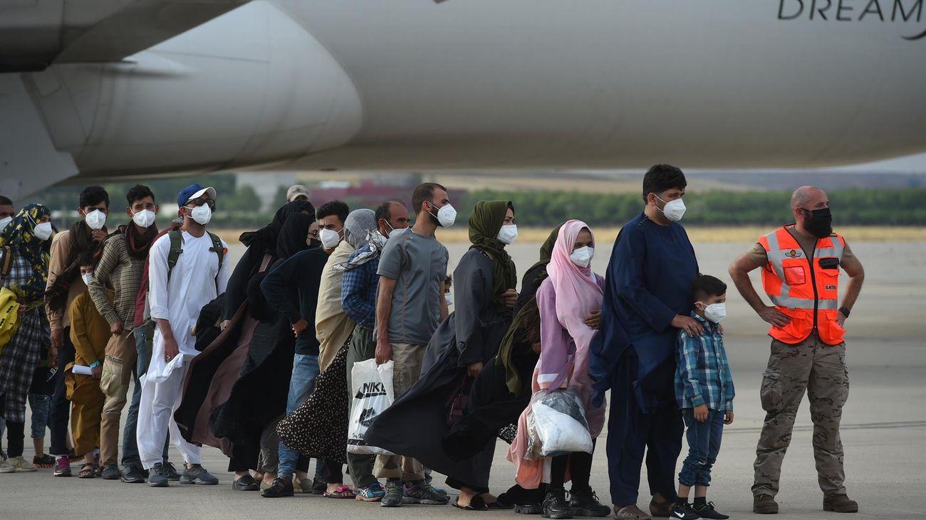 Llegan a Torrejón los 260 afganos evacuados este lunes desde Kabul