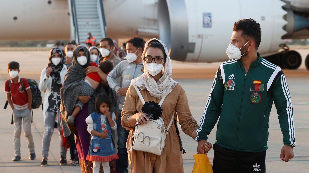 354 de los 555 afganos que han llegado a España pedirán asilo en nuestro país