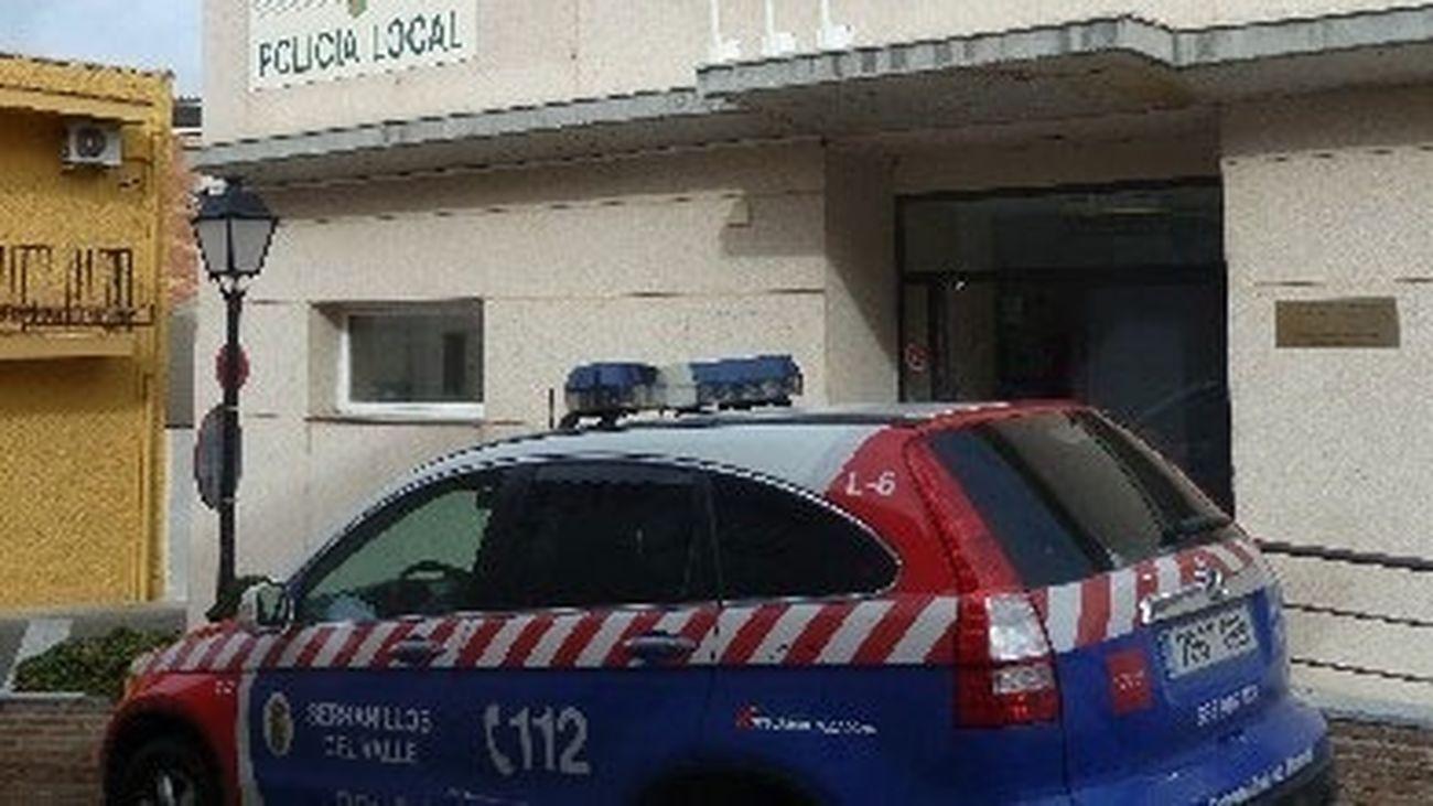 No se habla de otra cosa en Serranillos del Valle: detenido un hombre tras atracar un banco y llevarse 9.000 euros
