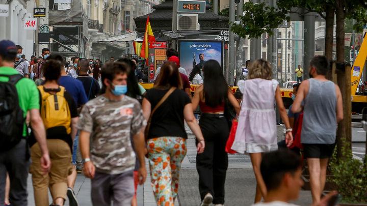 """Madrid se plantea """"seriamente"""" levantar restricciones  en hostelería y ocio nocturno bajo criterios técnicos"""