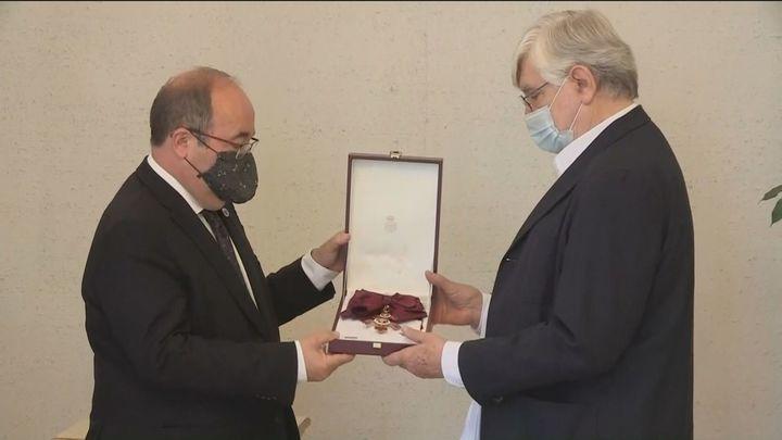 La familia de Fernán Gómez recibe la Gran Cruz de la Orden Civil de Alfonso X