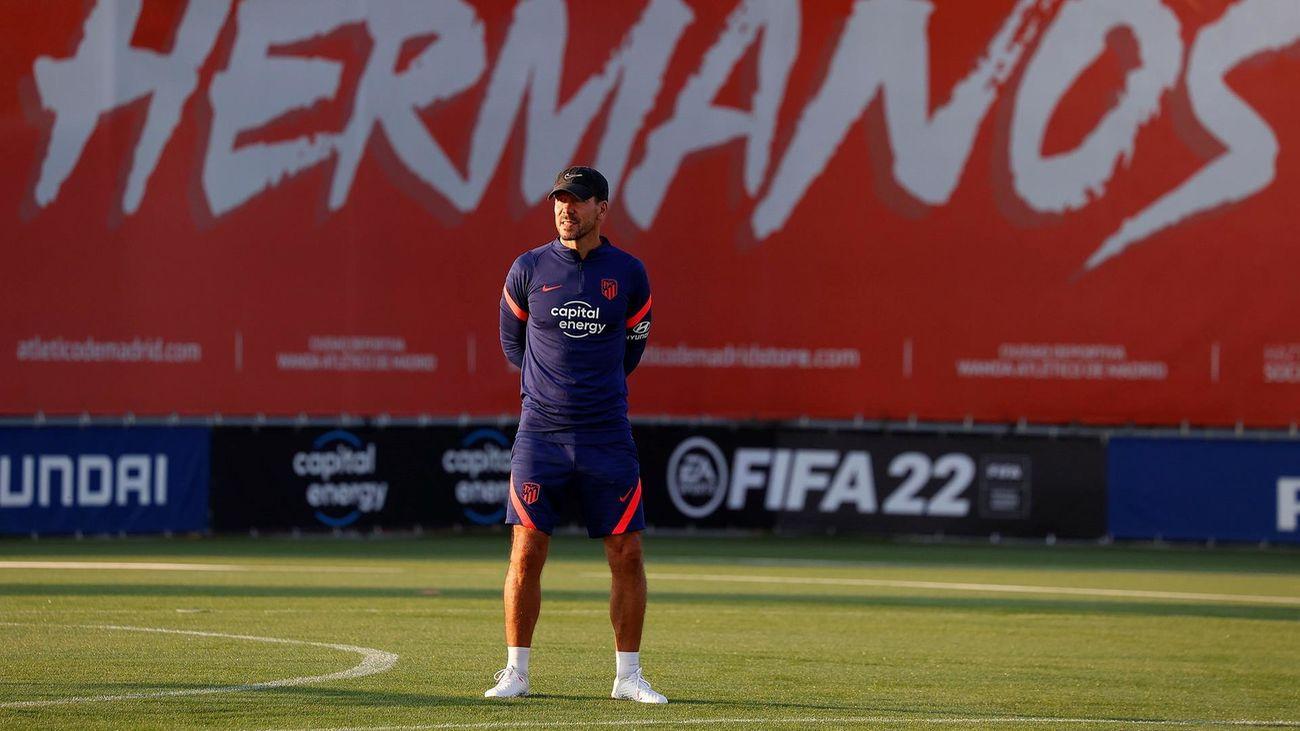 """Simeone: """"El plantel está muy bien compensado"""""""
