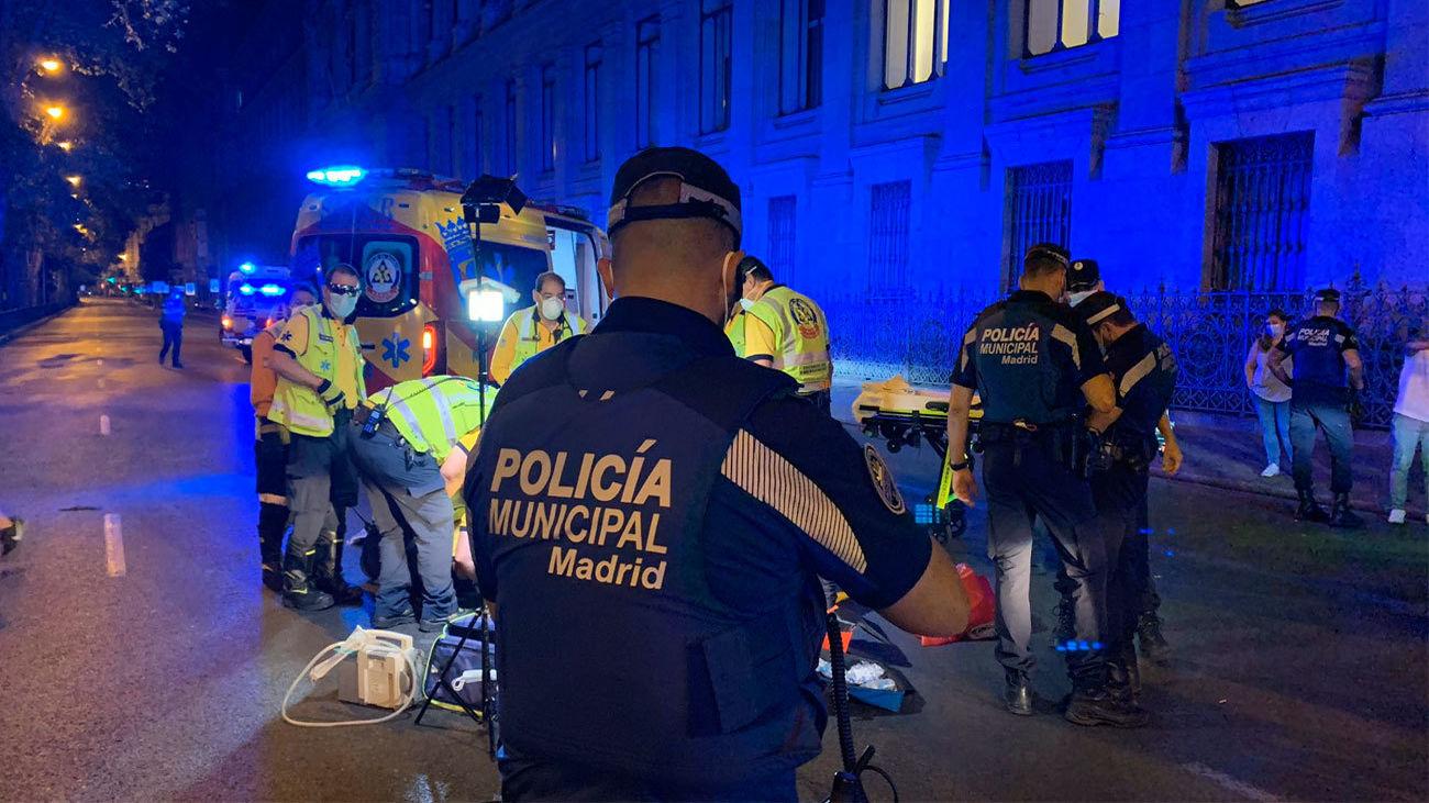 Un hombre herido muy grave tras ser atropellado en la Plaza de Cibeles