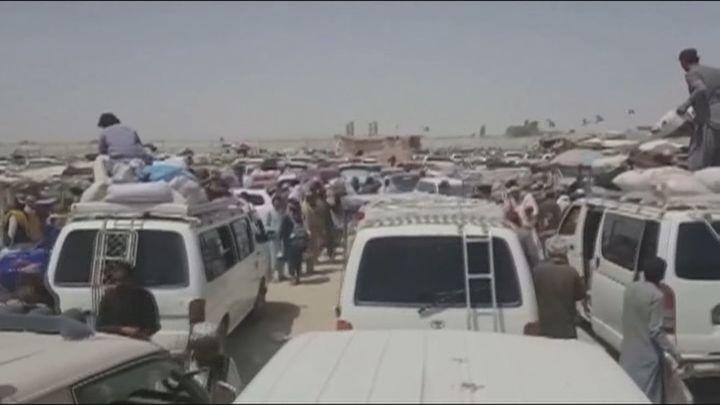 """España confirma que habrá """"contactos operativos"""" con los talibanes para buscar nuevas vías de evacuación"""