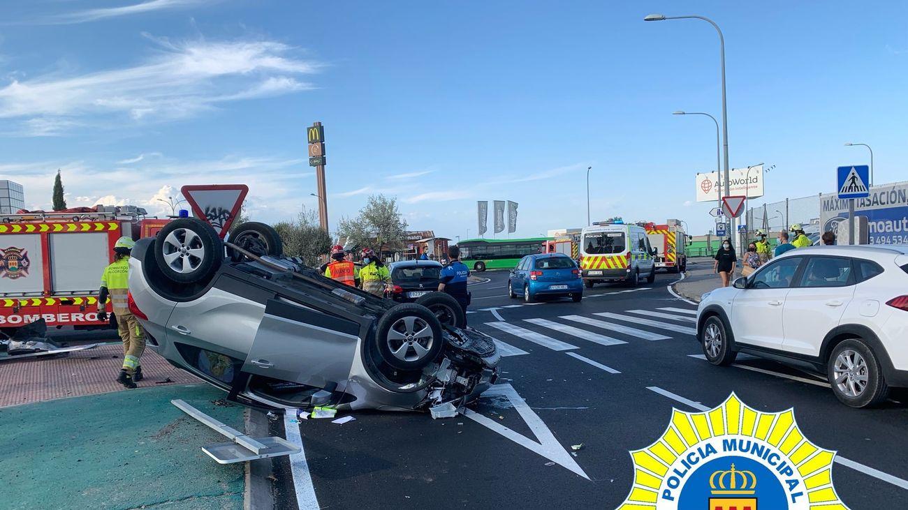 Rescatan en Alcorcón de su coche a un conductor que quintuplicaba la tasa de alcohol