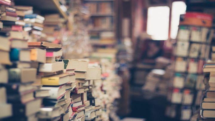 Libros de texto desde primaria a la universidad a mitad de precio en Vista Alegre