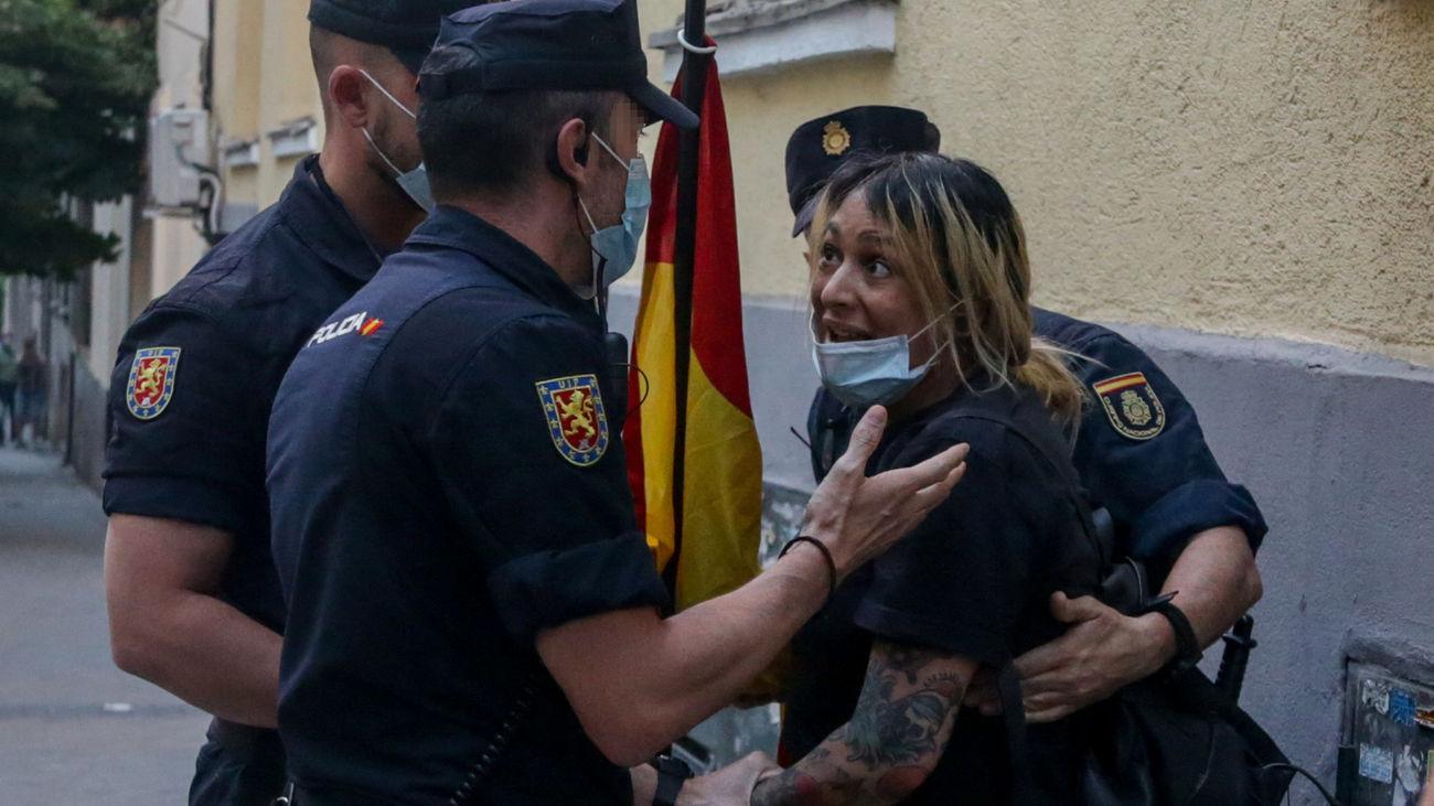 Detienen a la líder del grupo Hogar Social Madrid tras la okupación del antiguo edificio del NO-DO