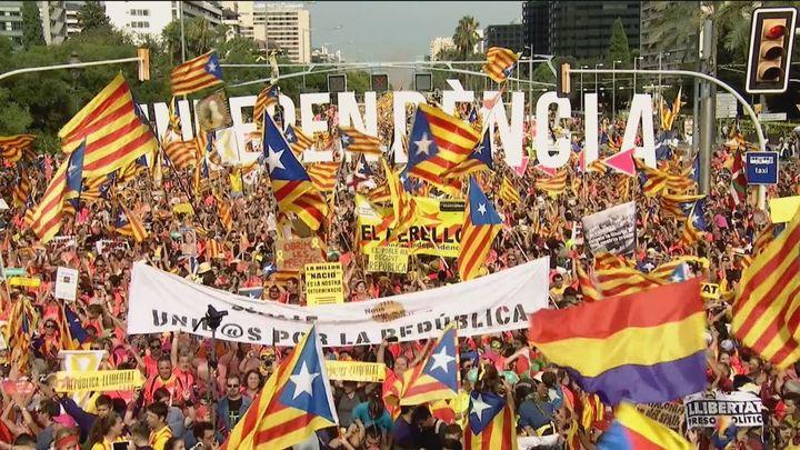 El Gobierno no aclara si Sánchez participaráen la Mesa de diálogo de Cataluña