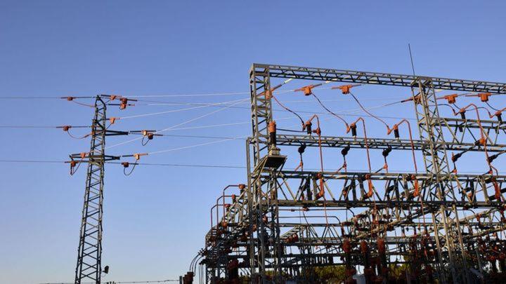 Batres suspende los pagos a las compañías eléctricas por el elevado precio de la luz