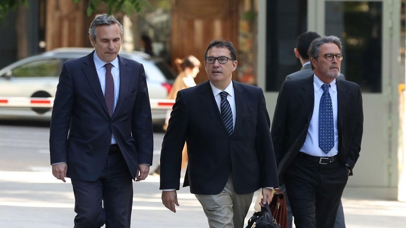 Josep Lluís Alay a la izquierda (Foto de archivo)
