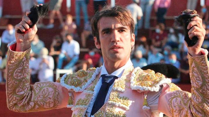 Fernando Robleño y Adrián Torres, a hombros en Navas del Rey (2ª parte)