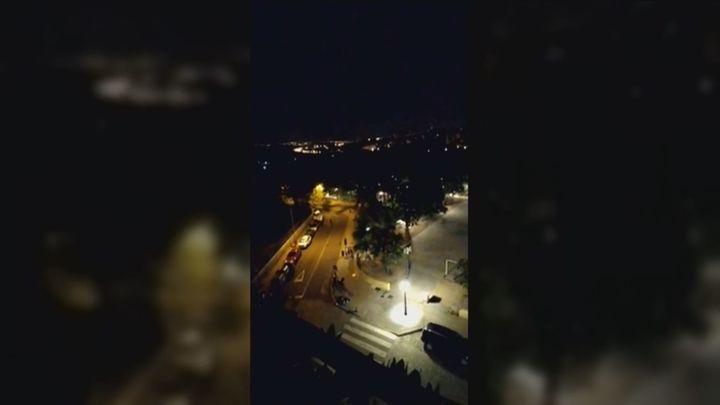 La Policía Nacional disuelve un 'macrobotellón' celebrado anoche en las Vistillas por cientos de jóvenes