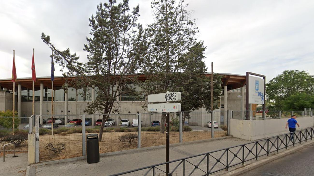 Actual polideportivo de Barajas en la Avenida de Logroño