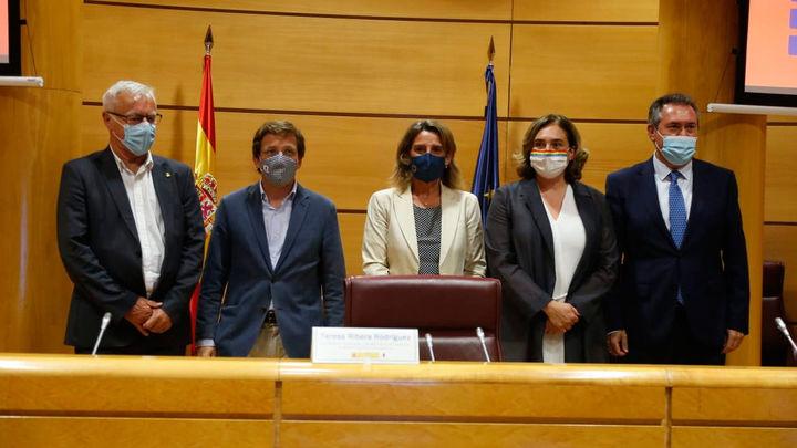 Ribera llama al liderazgo de las ciudades para lograr la neutralidad climática