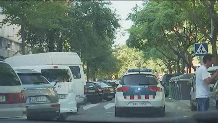 Vecinos aterrorizados por un tiroteo callejero en  Sant Adriá de Besós (Barcelona)