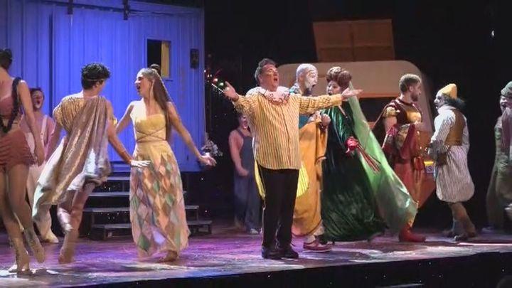 Carlos Latre nos presenta el musical más divertido de la historia