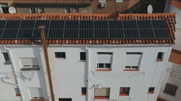 Ocho de cada diez edificios del centro de la capital podría reducir a la mitad la factura de la luz con placas solares
