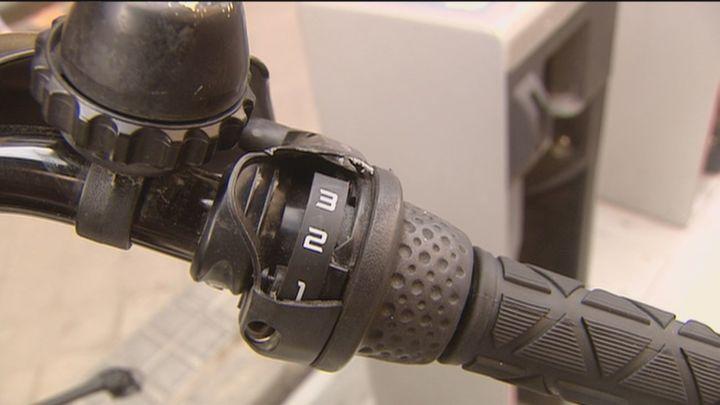 Nuevos candados en Bicimad después de que 539 bicis fueran vandalizadas la semana pasada