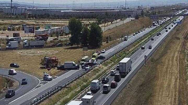 La colisión de seis vehículos provoca el corte de la A-42 sentido Madrid a la altura de Illescas