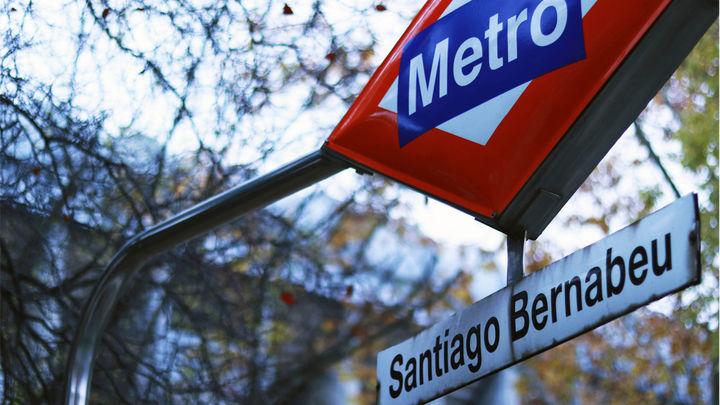 Metro de Madrid refuerza la L10 por el partido del Madrid en el Bernabéu