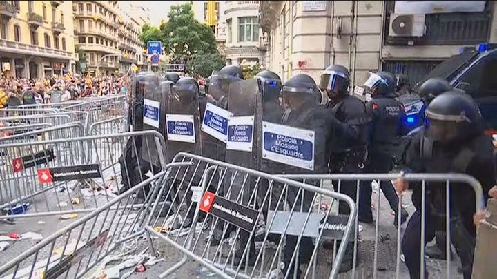 La Diada concluye con disturbios violentos de los independentistas más radicales