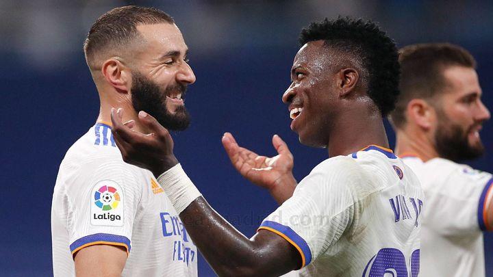 5-2. El Real Madrid reestrena el Bernabéu a ritmo de Benzema y Vinicius