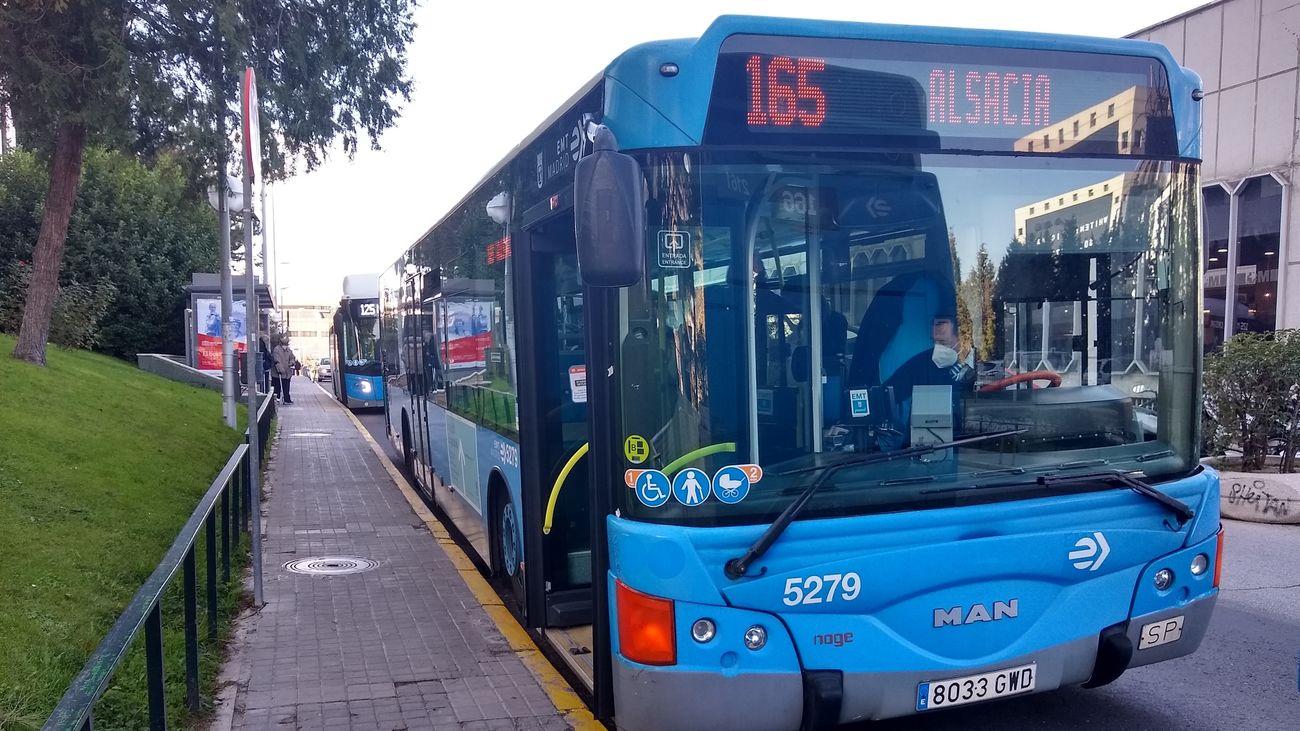 Autobús de la línea 165 de la EMT