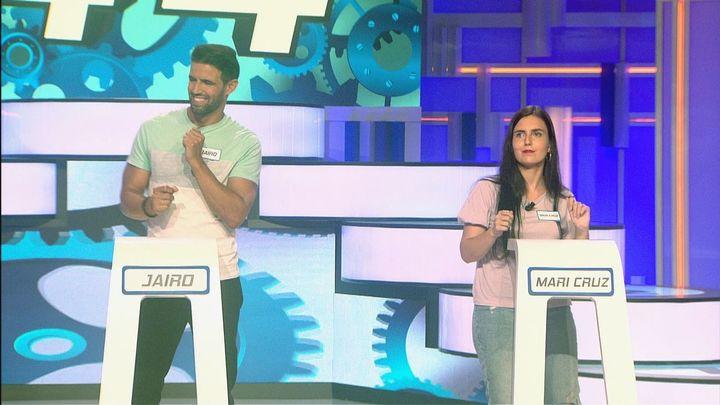 Rosario Flores pone a bailar a los concursantes de 'Atrápame si puedes'