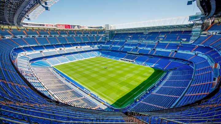 ¿Qué futbolista militó en el Real Madrid Castilla: David Villa o Juan Mata?