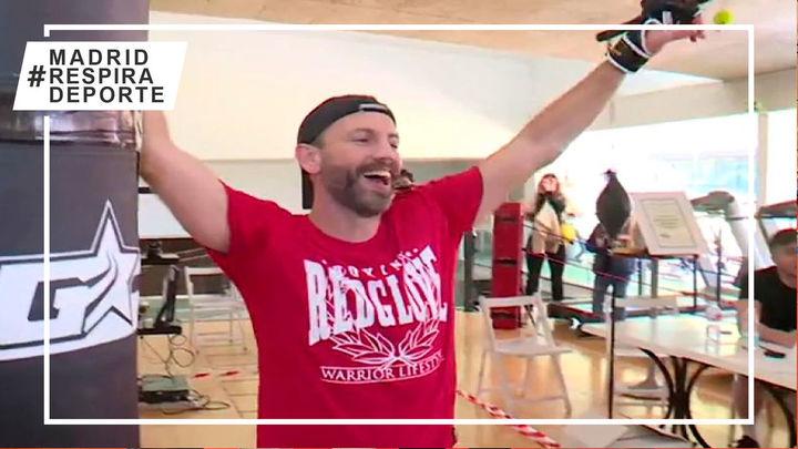Un entrenador de boxeo tratará de romper el Guinness golpeando el saco 27 horas