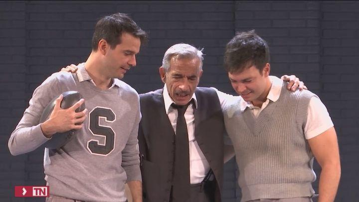 La familia Airas se sube al teatro con 'Muerte de un viajante'