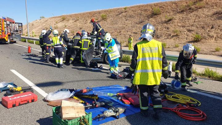 Herido muy grave tras colisionar su coche contra un camión en la M-50 en Paracuellos