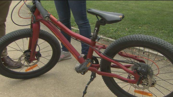 Detenido al intentar vender a su dueño, de Boadilla, la bicicleta que le había robado